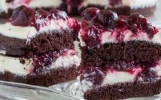 Rich Chocolate Cake with White Chocolate Mousse and Cherry Sauce ~Sweet & Savory Raspberry No Bake Cheesecake, Peppermint Cheesecake, Cheesecake Brownies, Brownie Cake, Brownie Toppings, Brownie Bites, White Chocolate Mousse, Chocolate Cake, Chocolate Heaven