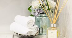 4 Ways to Make Your Home Smell Great for Your Open House – Interior Design News Real Estate Articles, Real Estate Tips, Real Estate Sales, Real Estate Marketing, Exit Realty, House Smells, You Are Awesome, Home Hacks, Smell Good