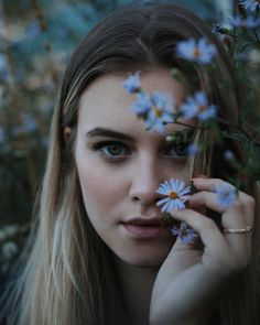 My beautiful girl💘Tiera Skovbye💘Robin Hood Mills💘Polly Cooper💘 Stranger Things, Polly Cooper, Betty Cooper, Tiera Skovbye, Actors, Beautiful Actresses, Pretty Face, Girl Power, Character Inspiration