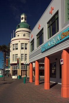 #New   Zealand - Napier - Art...