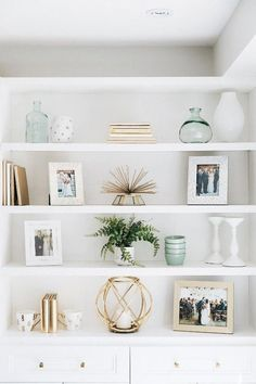 32 Dining Room Storage With Floating Shelves - Home Professional Decoration Cheap Home Decor, Diy Home Decor, Decor Crafts, Living Room Designs, Living Room Decor, Shelf Ideas For Living Room, Deco Design, Home Decor Inspiration, Decor Ideas
