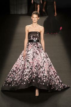 The most outrageously gorgeous gowns from NYFW 2014: Monique Lhuillier