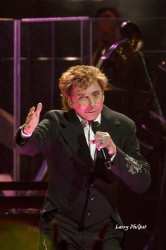 barry manilow photos 2016 | Photo Gallery: Manilow in Indianapolis - OnStage Magazine.com