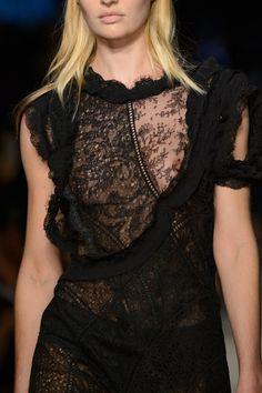 Givenchy at New York Fashion Week Spring 2016 - Livingly