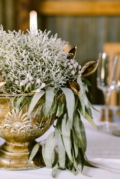Lovely bronze/copper MD035 planter from moidecor.co.za/hiring... Silk Flowers, Backdrops, Planters, Copper, Bronze, Table Decorations, Pretty, Home Decor, Decoration Home