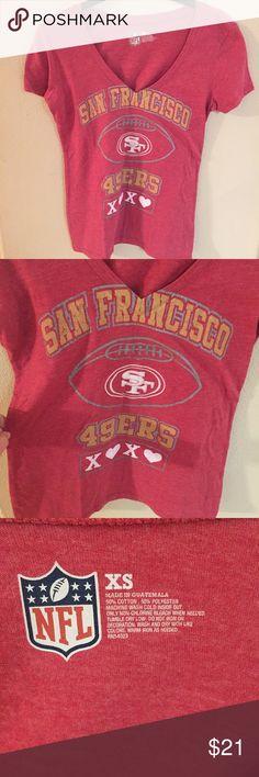 San Francisco 49ers women's shirt size XS Xoxo sf 49ers! NFL Tops Tees - Short Sleeve