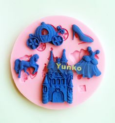 Yunko 5 Hole Cinderellas Ball Silicone Fondant Cake Decoration Mold Candy Chocolate Mold Pumpkin Carriage Castle Crystal Shoes -- Find out more details @ : bakeware