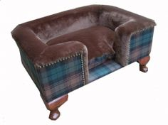 Tartan dog bed...who says we love our pets too much?