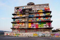 Street-art-Spot-Pantin-Paris-Graffiti-Graff-Da-Cruz-Artof-Popoff-Marko-Wall-Batiment-des-Douanes-Building-Paris