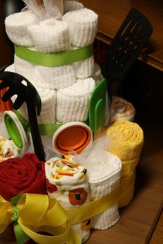 A few weeks ago, I helped host a wedding shower for my friend, Marie. When all the bridesmaids were talking about ideas, we decided a kitche...
