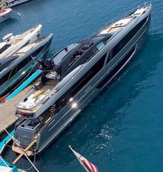 Yacht Design, Boat Design, Yacht Boat, Yacht Club, Bateau Yacht, Grand Luxe, Old Boats, Super Yachts, Power Boats