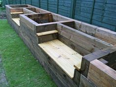 Turns Out, The Perfect Backyard Garden Starts With One of These 36 Ideas DIY Garden Beds - Raised Garden Bed Benches - Easy Gardening Ideas for Raised Beds and Planter Boxes - Free Plans, Tutorials an Raised Garden Bed Plans, Raised Bed Garden Design, Building A Raised Garden, Raised Beds, Raised Flower Beds, Cheap Raised Garden Beds, Raised Patio, Raised Herb Garden, Raised Gardens