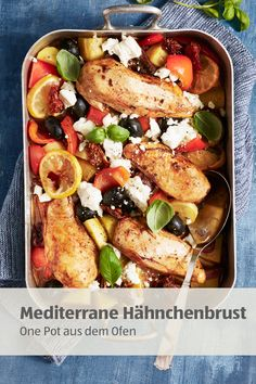 The perfect treat after work: Mediterranean chicken breast! Healthy Snacks, Healthy Recipes, Good Food, Yummy Food, Mediterranean Chicken, Diy Food, Chicken Recipes, Clean Eating, Food And Drink