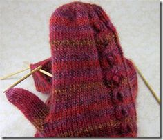 Free Knitting Pattern - Adult Gloves & Mittens: Cabobble Mittens