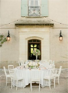 Classic French Chateau Wedding in Provence - Style Me Pretty French Wedding, Mod Wedding, Wedding Tips, Wedding Reception, Wedding Tables, Reception Ideas, Wedding Bells, Wedding Venues, Wedding Photos