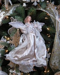 Mannequin Christmas Tree, Ghost Of Christmas Past, Christmas Tree Tops, Angel Christmas Tree Topper, Christmas Elf, Christmas Angels, All Things Christmas, Christmas Decorations, Christmas Ornaments