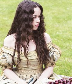 Anna Popplewell... its all her fault.  I saw her in the promo pictures and then I started watching because I loved her from Narnia...now I'm hooked!