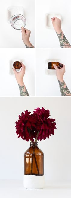 DIY Plaster Dipped Vase (click through for tutorial!)