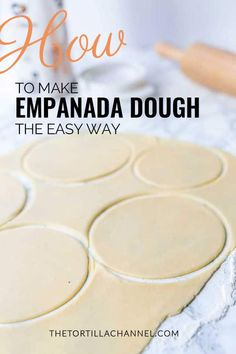 Want to learn how to make homemade empanada dough? Try this easy empanada dough recipe. You can make it by hand or with a kitchen machine. Empanadas Recipe Dough, Beef Empanadas, Empanada Dough, Spanish Empanada Recipe, Homemade Empanadas Recipe, Homemade Dough Recipe, Mexican Dishes, Mexican Food Recipes, Hand Pies