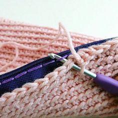 comment crocheter un zip à une trousse ou un sac.