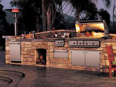 Find the best outdoor kitchen sets and appliance packages for your outdoor space. These packages feature a number of different brands and can make your outdoor kitchen dream a reality. Outdoor Spaces, Outdoor Living, Outdoor Retreat, Outside Bars, Outdoor Kitchen Design, Outdoor Kitchens, Backyard Kitchen, Kitchen Grill, Kitchen Bars