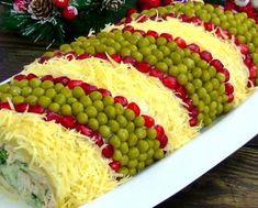 potata and chicken salad Salat Al Fajr, Chicken Stroganoff, Mushroom Dish, Pan Seared Chicken, Grandmothers Kitchen, Christmas Party Food, Food Decoration, Savoury Cake, Popular Recipes
