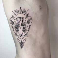Little lion Tattoo made in Hamburg @vadersdye #liontattoo #mandalatattoo @mariaftattoo