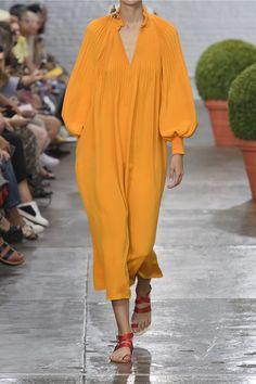 Saffron plissé eilk crepe de chine Slips on 100% silk Dry clean Designer color: Mango