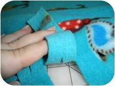 No-Sew, Single Layer, Fleece Blanket Here is a fantastic opportunity to make something without having to sew! This particular project is great for creative kids & adults who love to make thing...