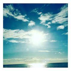 Le soleil de la Réunion me manque arrêter de vous plaindre quand il pleut le soleil revient toujours et il ne fait pas semblant ! Sinon venez ici  #sun #team974 #974 #reunionisland #lareunion by that_girl_is_chloe