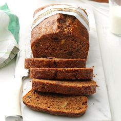 Dark Chocolate Chip Zucchini Bread Chocolate Chip Zucchini Bread, Zucchini Bread Recipes, Funny Cake, Amish Recipes, Flour Recipes, Cinnamon Bread, Dessert Bread, Dark Chocolate Chips, Delicious Chocolate