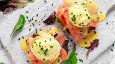 Eggs Benedict with Smoked Salmon Smoked Salmon And Eggs, Salmon Eggs, Breakfast Menu, Breakfast Options, Biryani, Chef Jobs, Brunch, Poached Eggs, Healthy Snacks