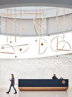 600 W Chicago — Charlie Greene Studio Reception Desk Design, Lobby Reception, Reception Counter, Office Reception, Reception Areas, Lobby Interior, Office Interior Design, Office Designs, Design Offices
