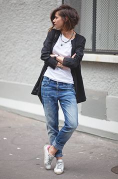 Basics Week-end Style. Love these slouchy boyfriend jeans(Pastel Hair Outfit) Jeans Boyfriend, Mode Outfits, Casual Outfits, Cut And Style, Style Me, Style Hair, Corte Y Color, Cooler Look, Style Casual