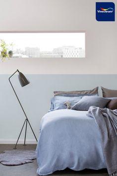 Χρησιμοποιήστε μία απαλή απόχρωση του μπλε στο υπνοδωμάτιό σας και απολαύστε την ηρεμία που δημιουργείται στον χώρο. Αποχρώσεις: 30BG 56/045 40YR 53/011 #bedroom #bedroomideas #bedroominspo #interiordesign Small Apartments, Master Bedroom, Master Suite, Small Flats, Tiny Apartments, Master Bedrooms, Bedroom