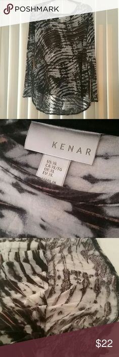 Kenar Black, Light Gray & Tan Print Top Wonderful and comfortable stretch high low top in great condition Kenar Tops