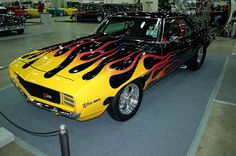 From March 8th through the 10th, Autorama will be hosted at the Detroit Cobo Center! Come see a variety of hot rods and custom cars!