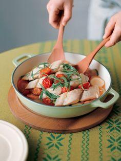 白ワインの酸味が野菜と魚にぴったり! さわやかな味わいを楽しみたい 『ELLE a table』はおしゃれで簡単なレシピが満載!