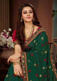 "19 New Faces for 2019 Aditi (Femina Miss India world 2015 -""Ism"" fame) Beautiful Girl Indian, Most Beautiful Indian Actress, Beautiful Girl Image, Beautiful Saree, Saris, Beauty Full Girl, Beauty Women, Saree Photoshoot, Saree Models"