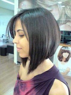 corte de cabelo chanel de bico com franja