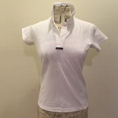 Henry Lloyd polo Marine technology white polo . 100% polyester . UV Protection. Reasonable offers only. Currently still online at its original price $60 & is currently on sale for $45 . Never worn . NWOT. No Trades Tops