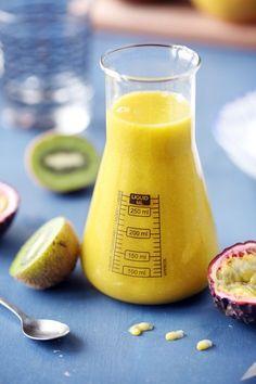 Smoothie mangue, kiwi et passion