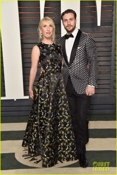 Aaron Taylor-Johnson & Wife Sam Hit Oscars 2016 Vanity Fair After Party! | aaron taylor johnson sam oscars 2016 after party 01 - Photo