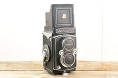 Vintage Yashica Mat Box Twin Reflex Camera // Copal MXV 80mm 6x6 Japan 1950s