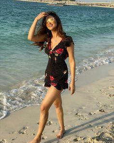 Krystal Dsouza, Indian Tv Actress, Indian Celebrities, Beautiful Actresses, Sexy Legs, Asian Woman, Cover Up, Short Sleeve Dresses, Glamour