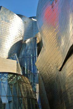 Guggenheim Frank O. Contemporary Architecture, Amazing Architecture, Architecture Design, Bilbao, Ibiza, Deconstructivism, Cafe Concept, Toronto, Unique Buildings