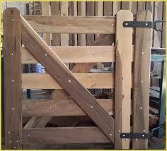 Resultado de imagen para diseño tranqueras madera
