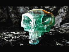 314g CRYSTAL ALIEN CRYSTAL SKULL RAINBOW FLUORITE E.T. UFO HEALING UNUSU...