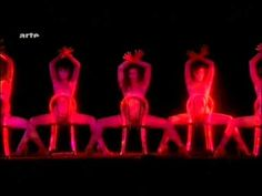 Crazy Horse Cabaret broadcast on ARTE 31 Dec 2011 with many beautiful girls