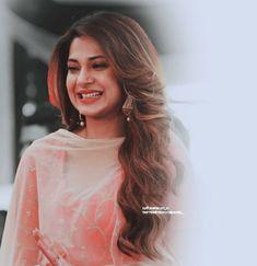 Indian Tv Actress, Beautiful Indian Actress, Beautiful Actresses, Indian Actresses, Preety Girls, Jennifer Winget Beyhadh, Glamour, Celebs, Celebrities